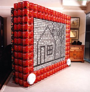 ©Atlanta Competition in 2009, photo credit : Collin, http://www.atlantaintownpaper.com/2009/11/canstruction-project-returns-to-underground-nov-6/